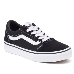 Women's Vans size 8 BRAND NEW Never Worn w/ box
